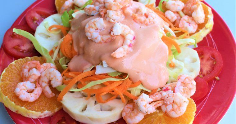 Krautsalat mit Obst und Shrimps